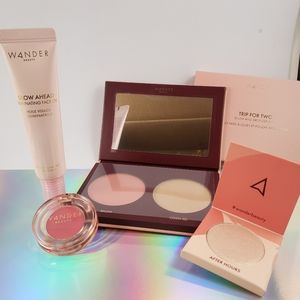 Wander makeup bundle plus FREE bag